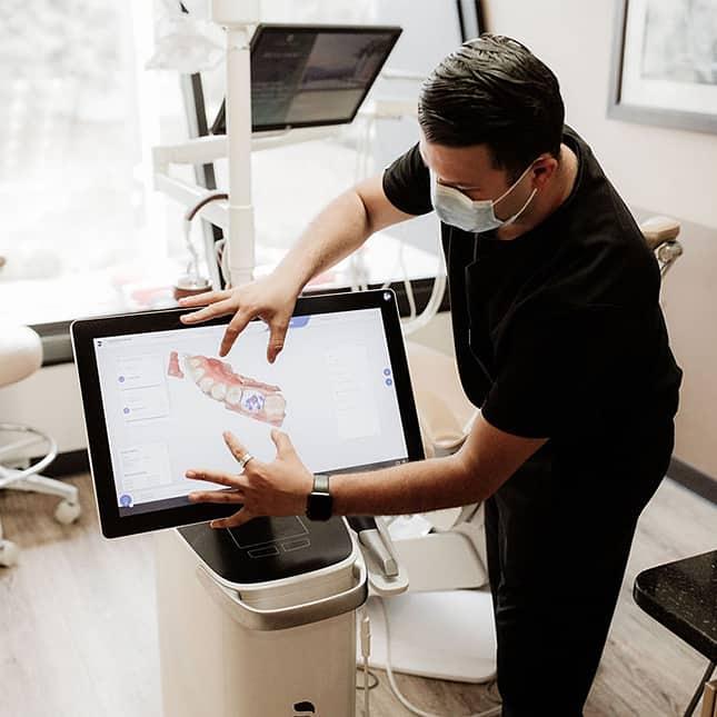Dental technology at La Jolla Family Smile Design